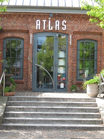 Atlas restaurant und showk che altona eventk che for Atlas house uzbek cuisine